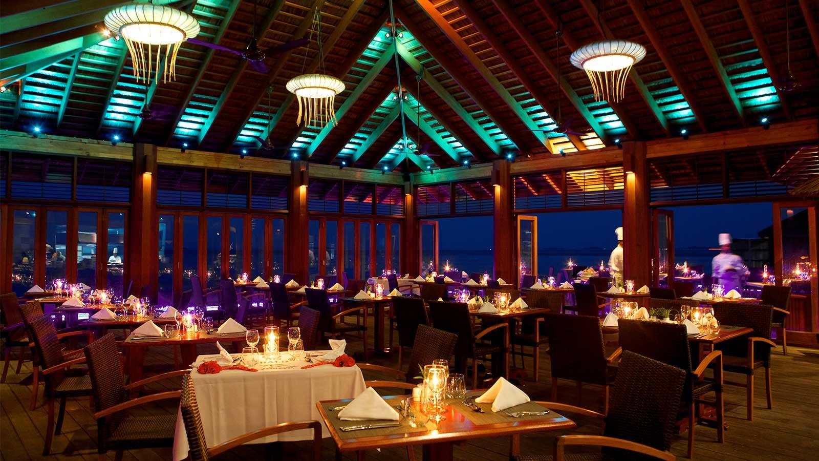 Introducing amazing kuredu 39 s buffet restaurants for The restaurant
