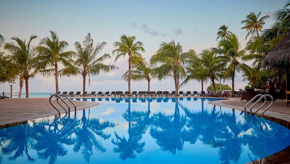 Kuredu Maldives Resort Main Pool