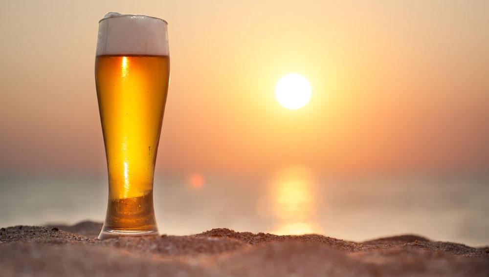 Kuredu Beer on the beach