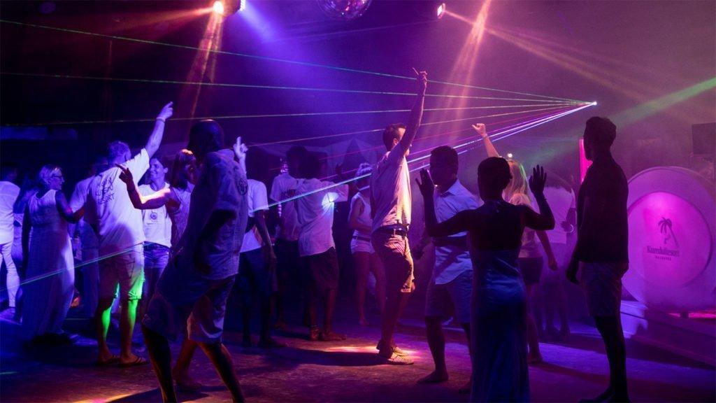 Kuredu Resort Maldives party entertainment